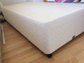 MYERS SINGLE BED & Mattress