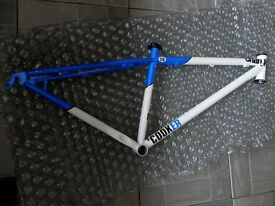 Charge Cooker 29er Steel Mountain Bike Frame (Size Small) for Sale. Excellent Condition!!