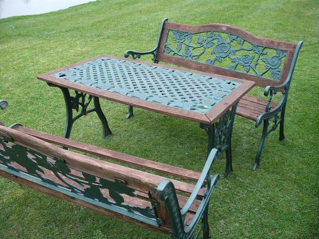 Garden table and 2 benches