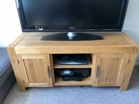 Alto Solid Oak Furniture - TV Cabinet - Coffee Table - Nest of Tables (Available individually)