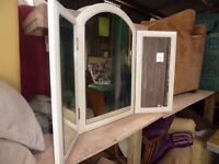 3 Mirror folding Unit for dressing Table Delivery Available £10