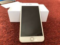 iPhone 7 Plus 32gb unlocked with 3 cases