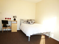 DOUBLE BEDROOM, FLATSHARE £450/ MONTH