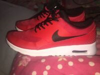 Red only worn once nike air max thea's