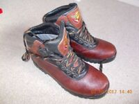 work or walking boots uk10