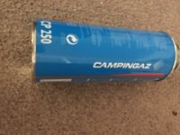 4x camping gas canisters for camping stove