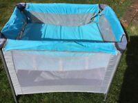 Travel cot bassinet