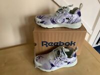 Reebok Trainers Furylite graphic floral size 4