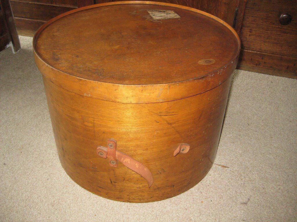 Antique wooden hat box, Victorian/ Edwardian, theatricals