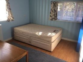 DOUBLE ROOM TO LET IN MAIDENHEAD £550pm