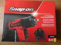 Snap on 14-4v 3/8 Cordless MicroLithium Impact Gun CTEU761A Full kit
