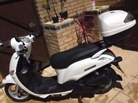 2015 Yamaha XC 115 S DELIGHT, One owner, Givi Top box, Low mileage