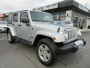 2012 Jeep Wrangler Unlimited Unlimited Sahara (4x4, Automatic tr