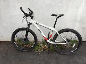"Mountain bike. Bbr diamondback ridge 18 "" excellent condition"