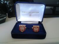 Boxed Set Manhattan-Windsor Red/Gold Coloured CuffLinks Plus An Unusual Boxed Tie Pin