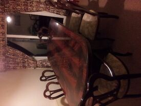 ITALIAN LARGE EXTENDABLE DINING TABLE AND SIX CHAIR