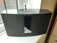 Bose soundtouch series 3 , blue tooth, air play, mint.