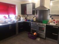 Beautiful Four Bedroom House The Glad Clayhall Ilford To Let IG5 0NF