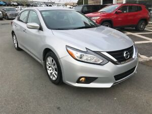2016 Nissan Altima SV/DRIVE AWAY FOR $75 WEEKLY