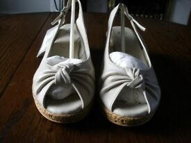 Ladies Beige Leather shoe/sandal size 4