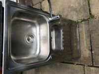Kitchen sink and mixer tap in good condition
