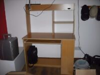 computer desk for sale in excellent condition