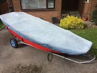 Mirror sailing dinghy with launch trolley