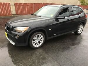 2012 BMW X1 28i, Automatic, Leather, Heated Seats, AWD