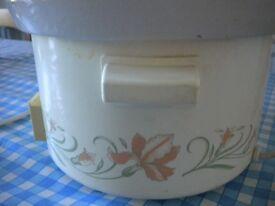 Retro Swan Slow Cooker