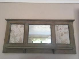 Mirrored shelf
