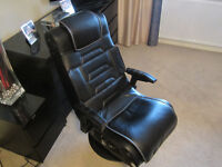 X ROCKER GAMING CHAIR GOOD CONDITION