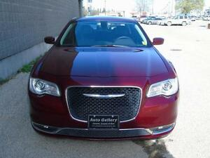 2016 Chrysler 300 Touring Ltr/Pano/AWD