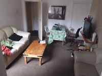 Room available in Hunters Bar, BILLS INCLUDED!!