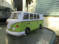 VW CAMPER PLANTER