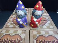 TABLEMATES MAGNETIC IZZY WHIZZY SALT & PEPPER POTS RED PURPLE WIZARDS FOOD TABLE