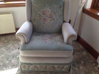 Sofas and Recliner Chair 3 + 2 + 1 excellent condition