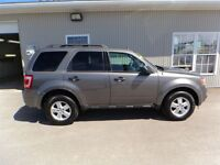 2012 Ford Escape XLT WITH LEATHER & SUNROOF