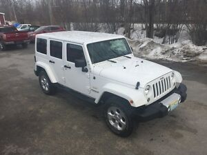 2014 Jeep Wrangler Sahara Unlimited , two tops only 40000km