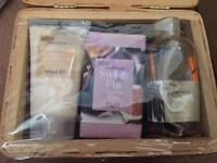 Toiletries set m&s