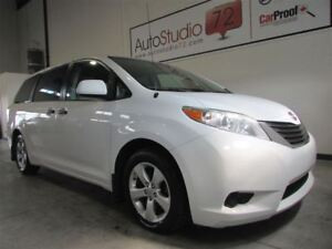 2014 Toyota Sienna *7 PASSAGERS*MAGS*A/C*CRUISE CONTROLE*FINANCE