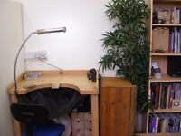 Bench space to rent EC1 in equipped workshop 240 pcm