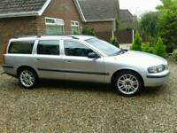 BREAKING VOLVO V 70 2.4 PETROL EXCELLENT ENGINE ALLOY WHEELS ALL PARTS