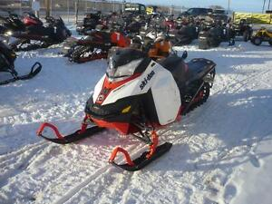 2014 Ski-Doo Summit X 154 800R E-Tec Pull Start