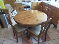 Extendable Ducal Dining Table Four Chairs