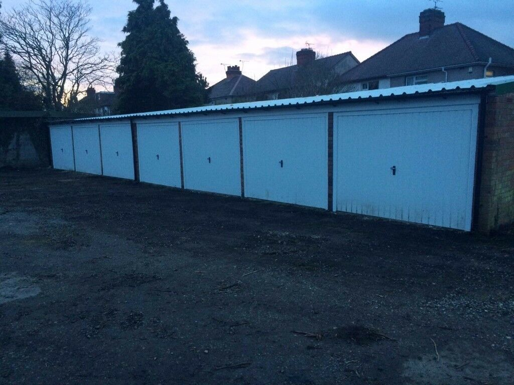 Secure Lock Up Garage for Rent in Nuneaton, CV11 5LS