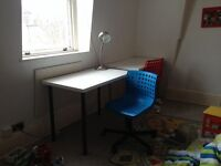 Desk white color, quite new 10 months of use
