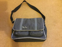 Silvercross changing bag and a changing mat