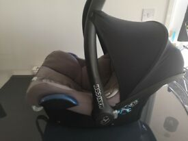 Cabriofix Car seat and Two way iso fix base