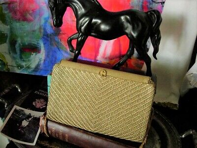 Ultra Rare GUCCI Vintage Gold Metal Minaudiere Evening Bag Cocktail Purse Chain