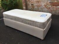 Sleepeezee Electric Adjustable Bed and Mattress